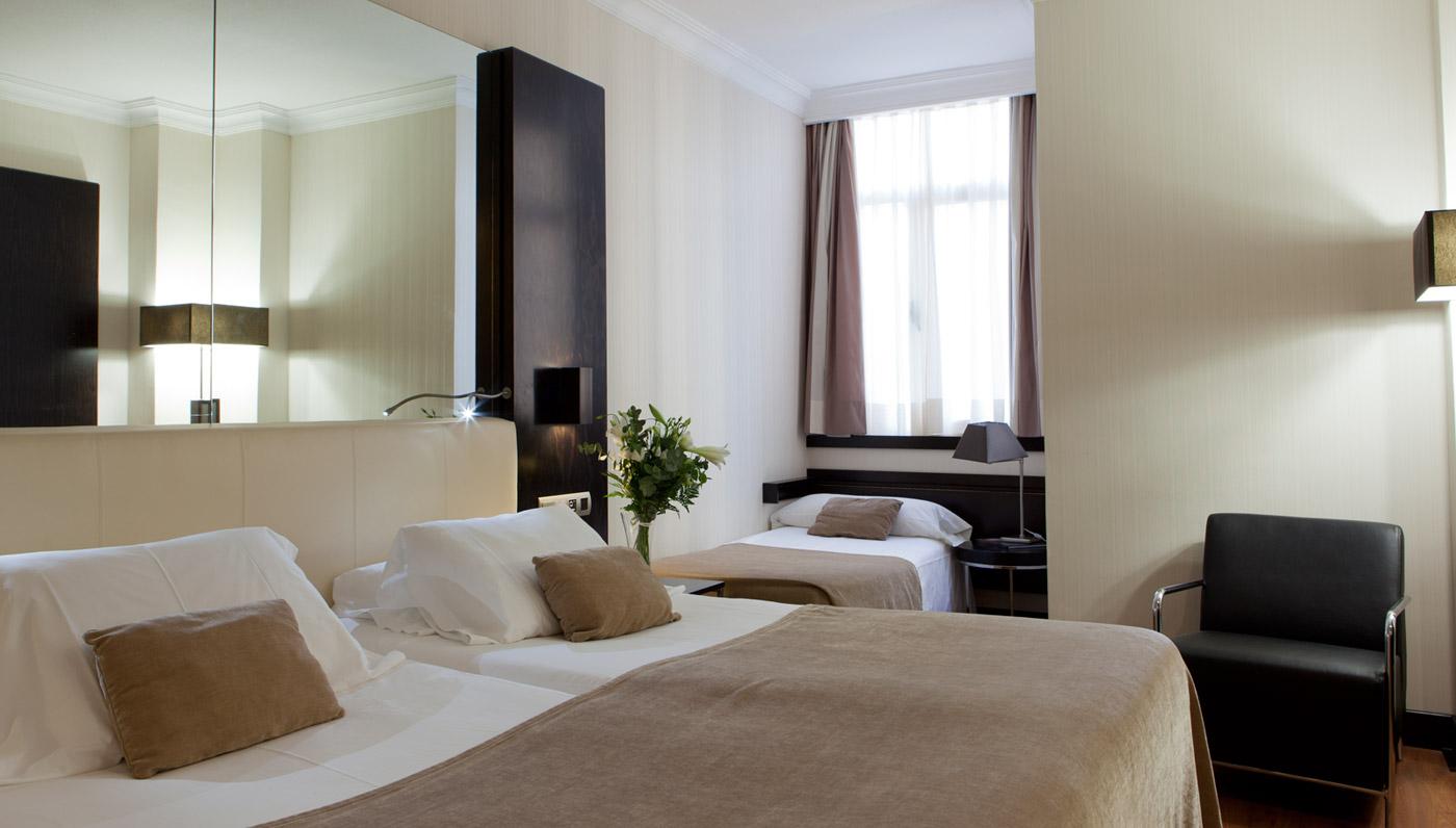Hotel Saray - Triple Room